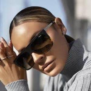 NWT Quay Australia X Desi OTL II 2 Sunglasses